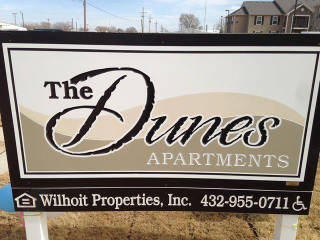 ADunes-Apartments-Seminole-Texas-Sign