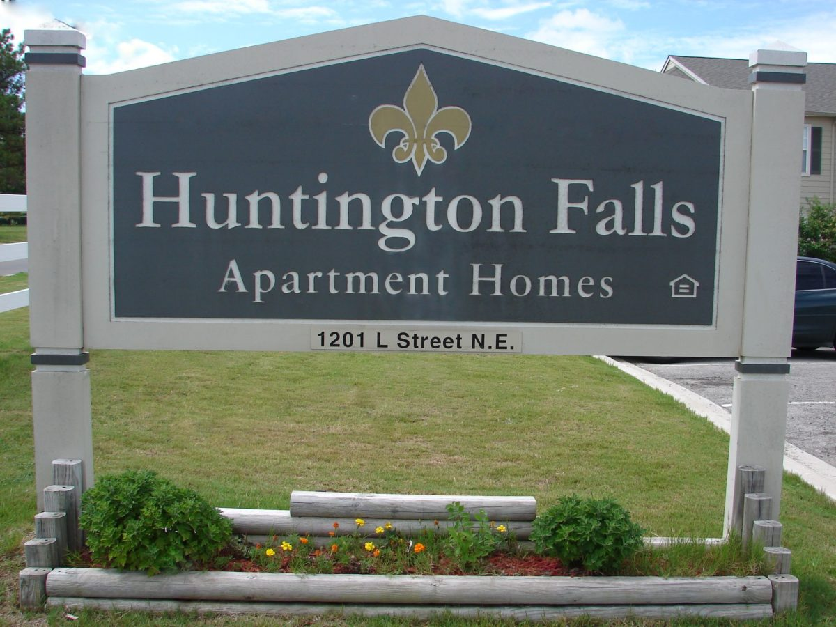 AHuntington-sign