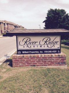 ARiver-Ridge-Sand-Springs-Oklahoma-Sign