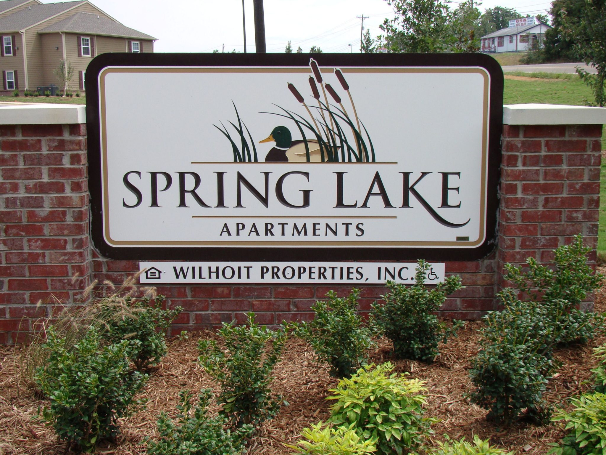 ASpring-Lake-Cleveland-Tennessee-sign