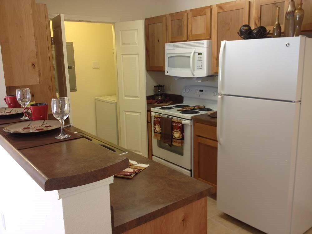 Adobe-Ranch-Borger-Texas-Kitchen-2