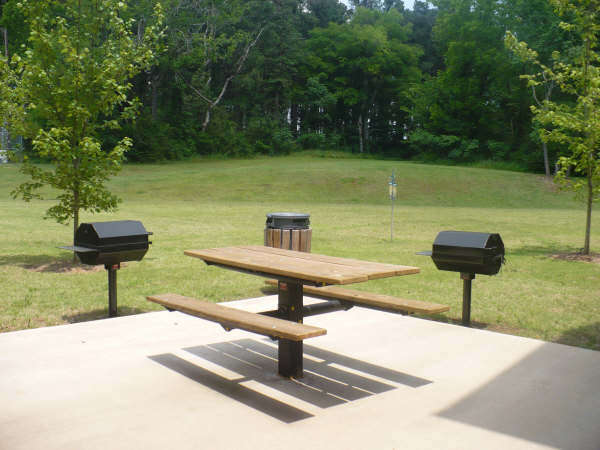 Arbor-Pointe-Texarkana-Arkansas-Barbecue-and-Picnic-Area