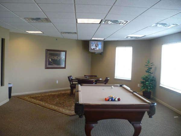 Arbor-Pointe-Texarkana-Arkansas-Clubhouse-Billiards-Room