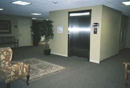 Arbor-Pointe-Texarkana-Arkansas-Clubhouse-Elevator-view
