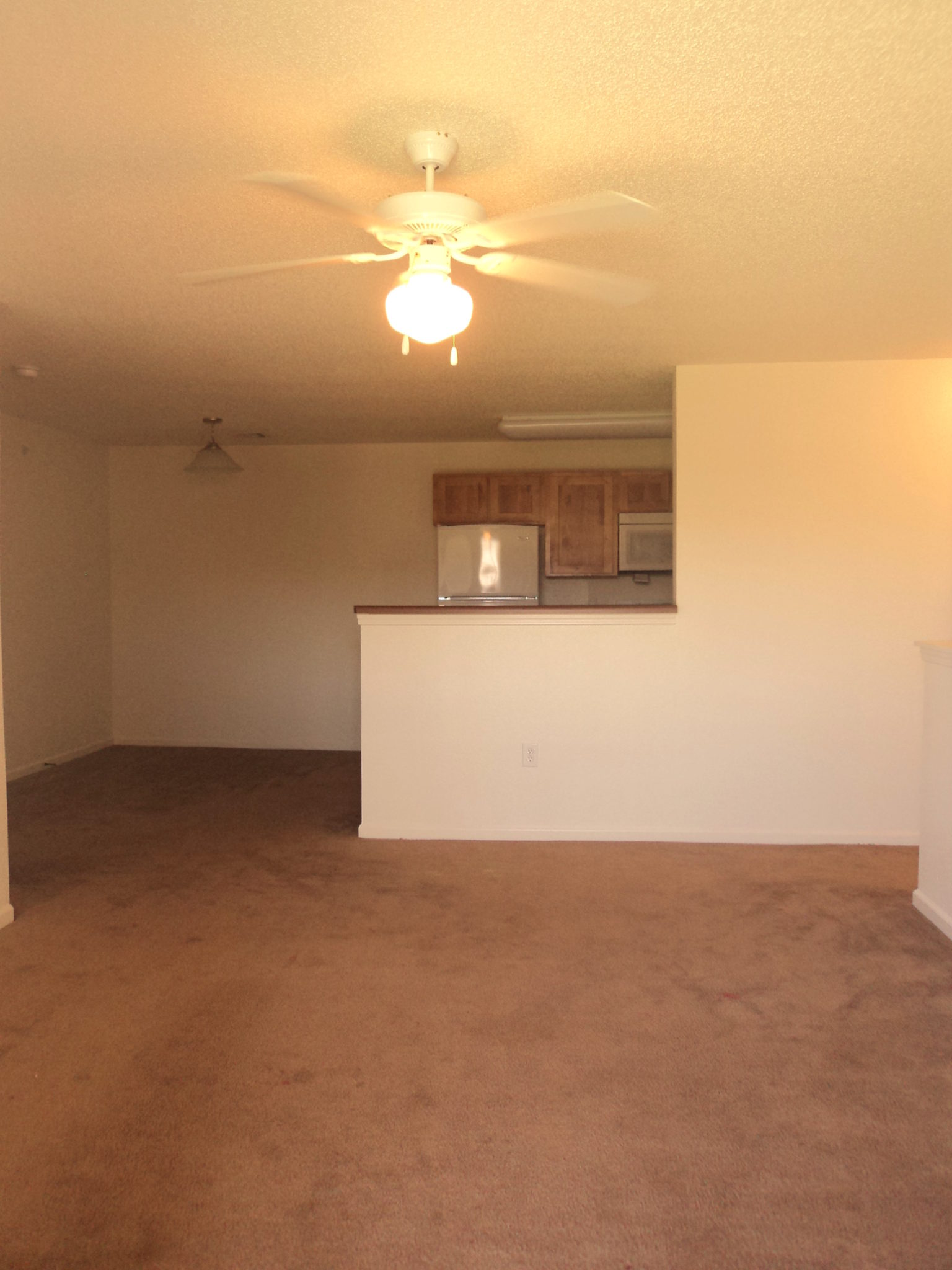 Avalon-Park-Brownfield-TX-Upstairs-Living-room-and-kitchen