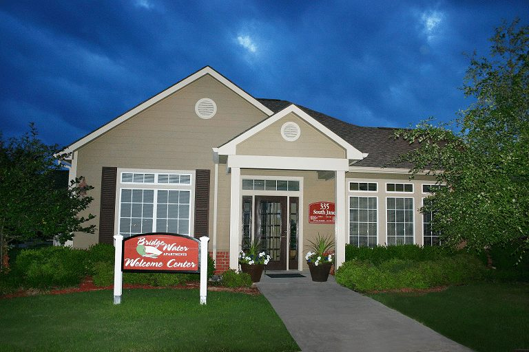 Bridgewater-Apartments-Haysville-Kansas-Leasing-Office