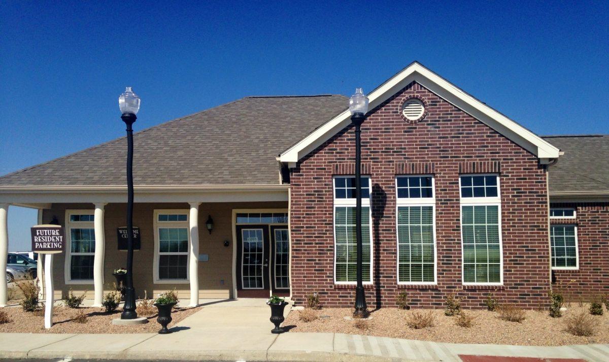 Broadstone-Villas-Bel-Aire-Kansas-Clubhouse