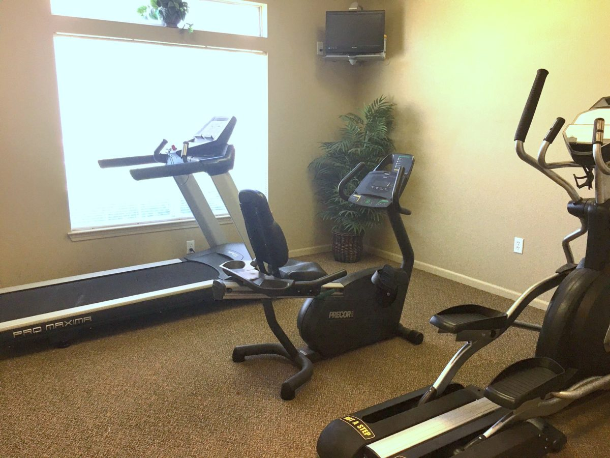 Brookfield Apartments-Valley Center KS. fitness center. 67147-11