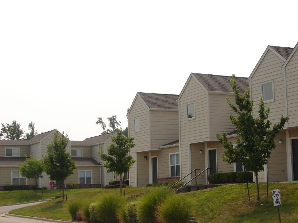 Cedarwood Terrace Apartments – Wilhoit Living