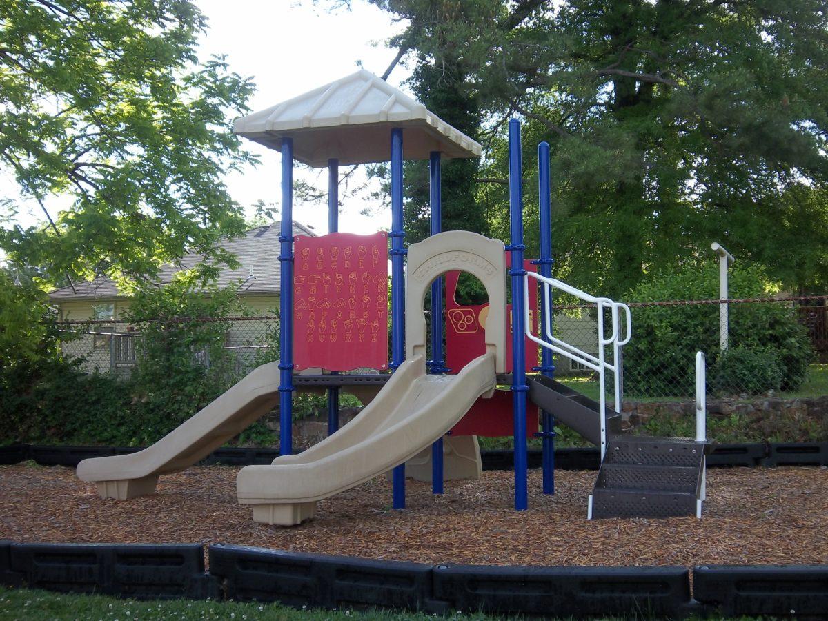 Cedarwood springfield missouri Playground 001