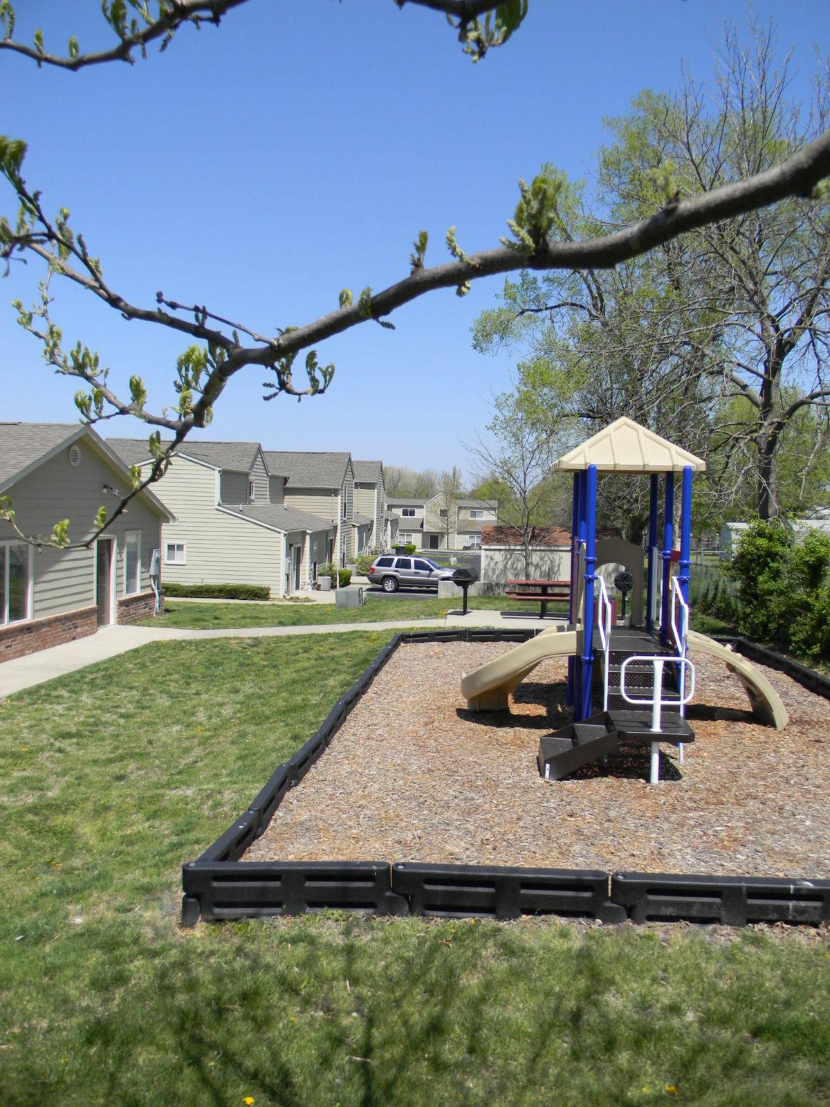 Cedarwood Terrace Springfield Missouri Playground