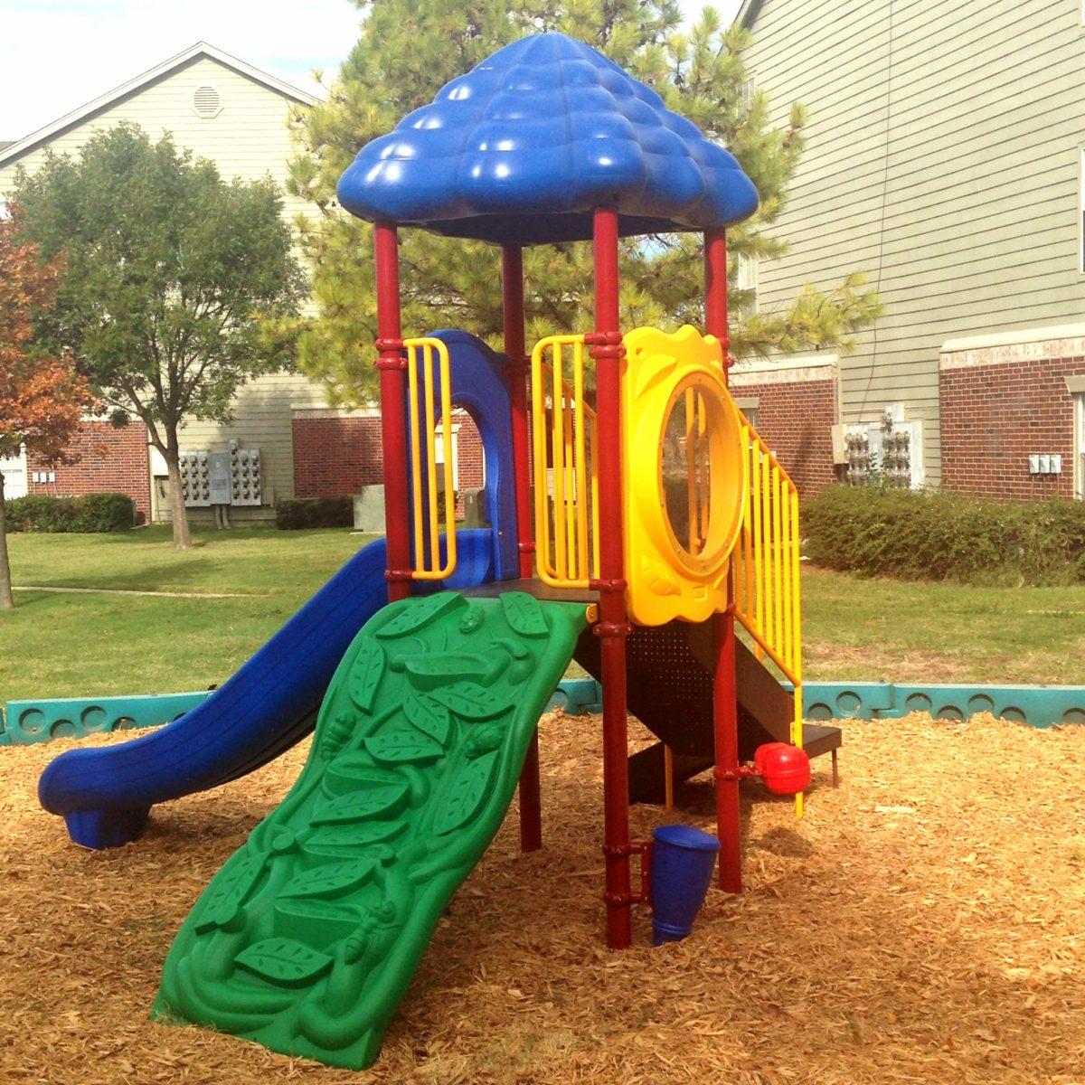 Garden-Courtyards-Tulsa-Oklahoma-Playground
