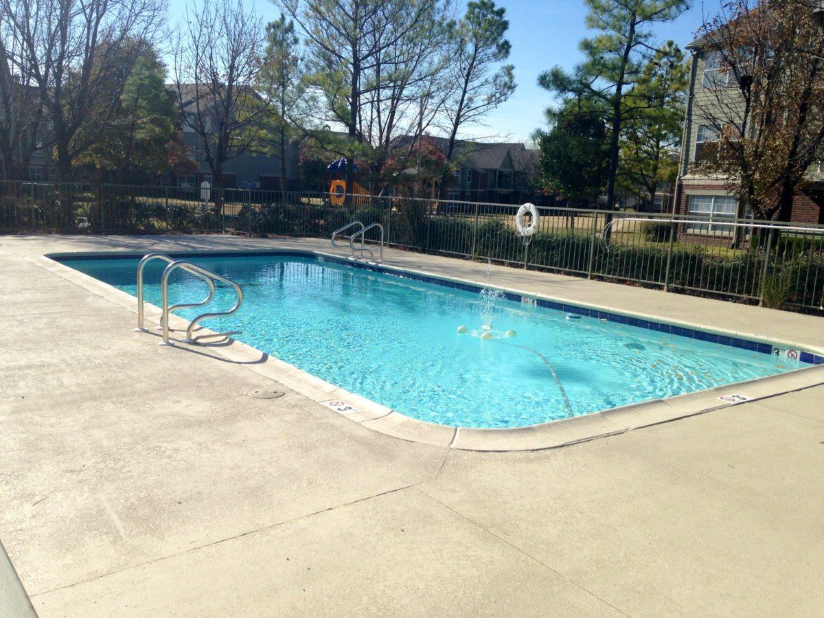 Garden-Courtyards-Tulsa-Oklahoma-Pool