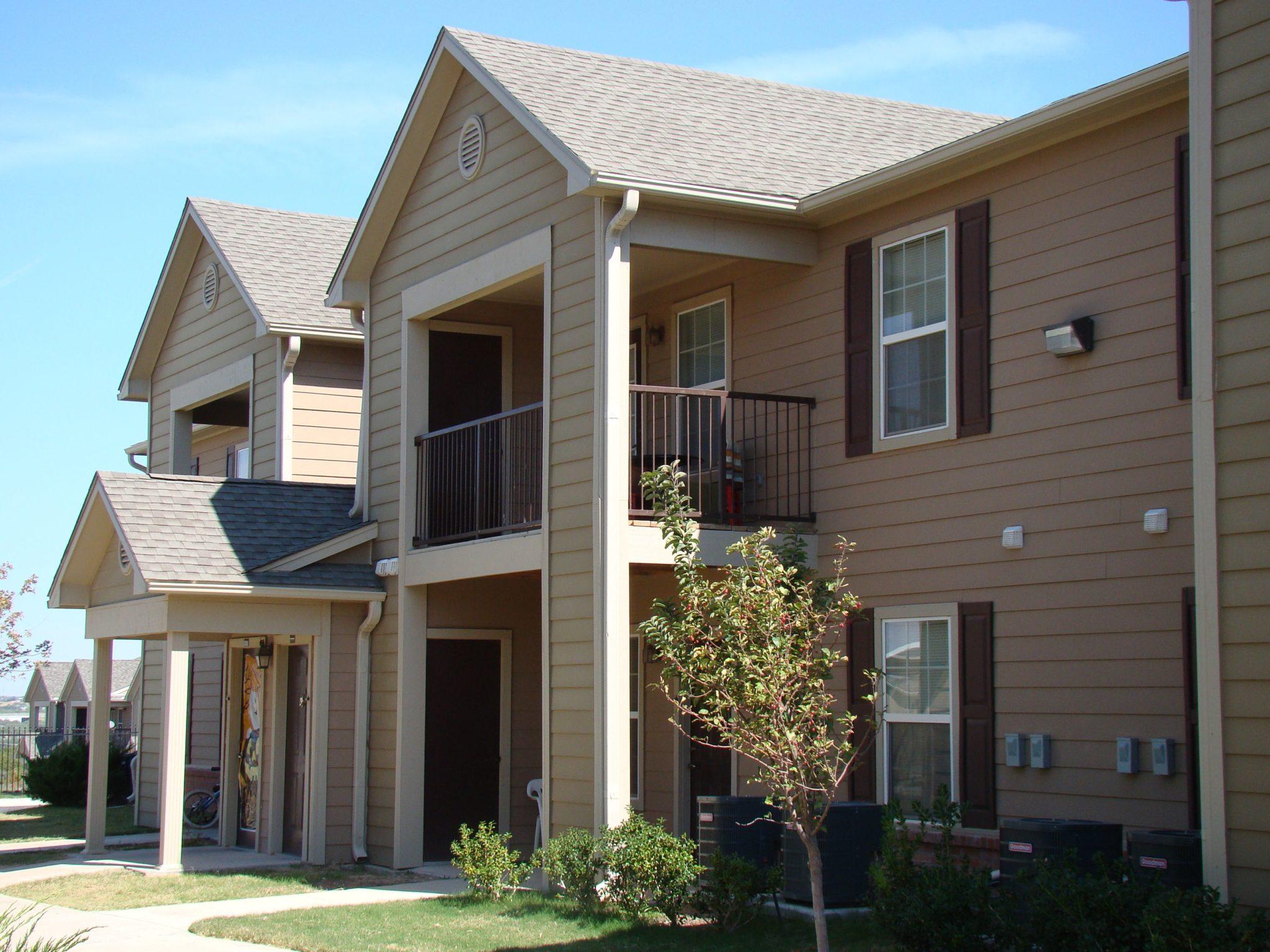 Knollwood-Heights-Big-Spring-Texas-bldg-2