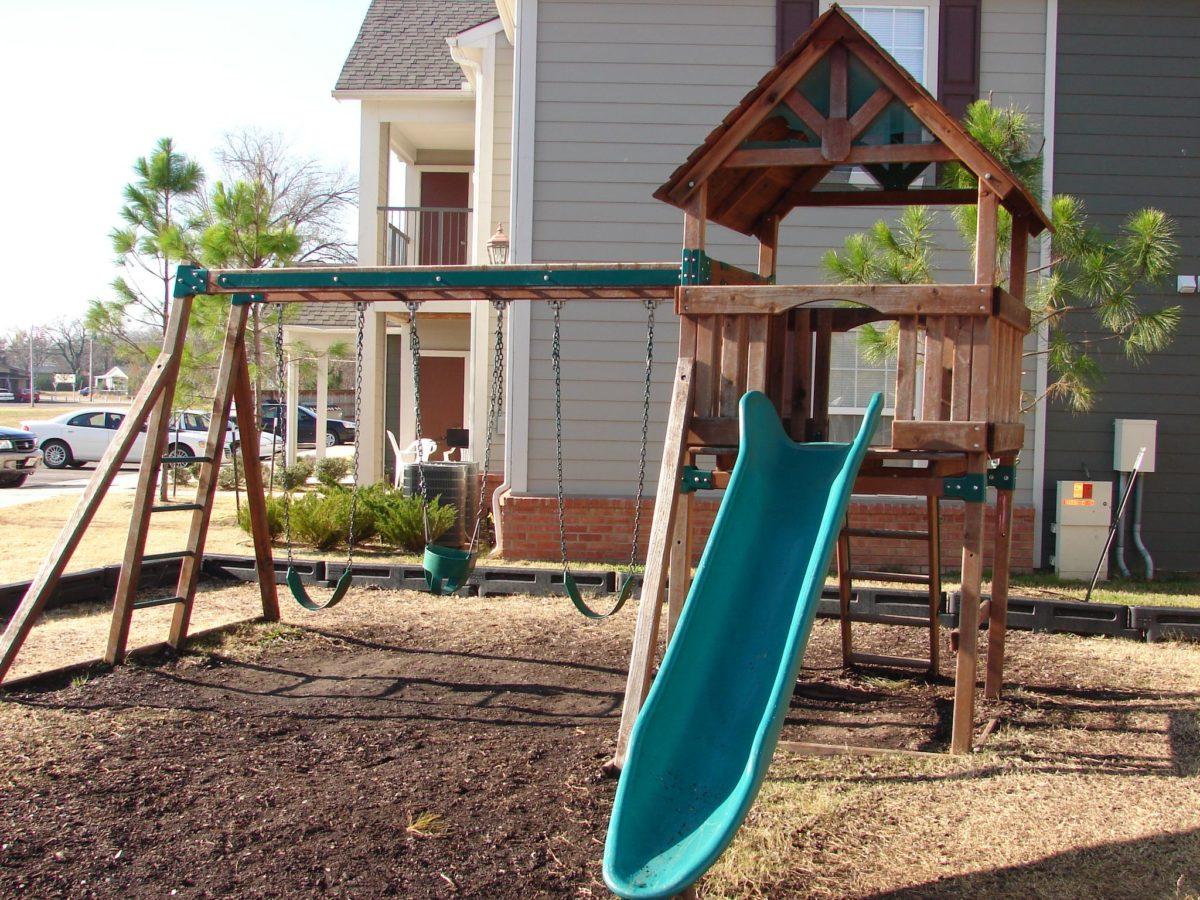 Oxford-Place-Okmulgee-Oklahoma-Playground