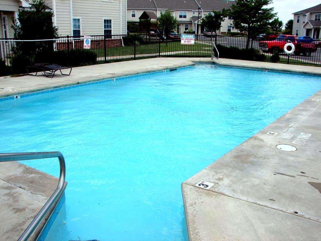 Pheasant-Run-Enid-Oklahoma-Pool