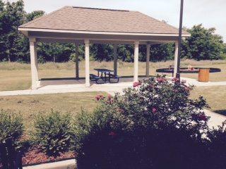 River Ridge Sand Springs Oklahoma Backyard with covered picnic area