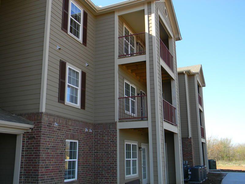 River-Ridge-Sand-Springs-Oklahoma-Building-Balcony