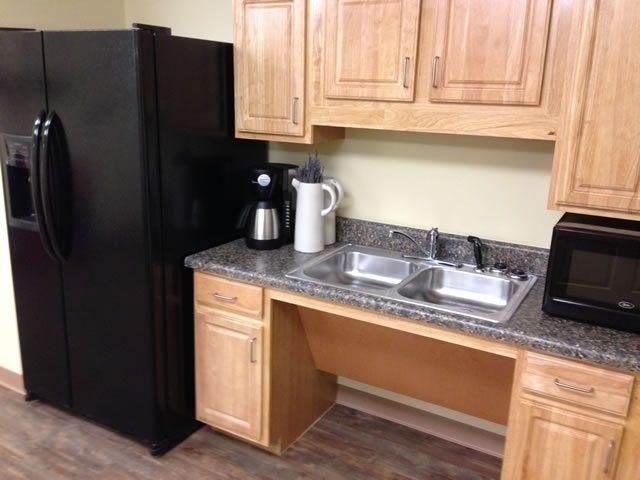 River-Towne-Manor-Roanoke-Rapids-North-Carolina-Kitchen
