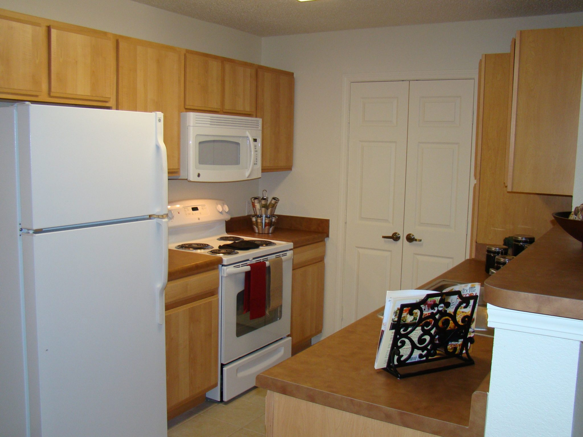 Spring-Lake-Cleveland-Tennessee-kitchen