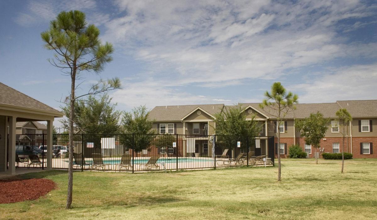 The-Greens-at-Pebble-Creek-Mustang-Oklahoma-community-recreation-area