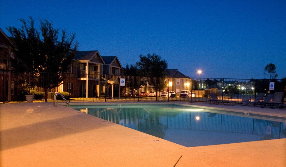 The-Greens-at-Pebble-Creek-Mustang-Oklahoma-pool