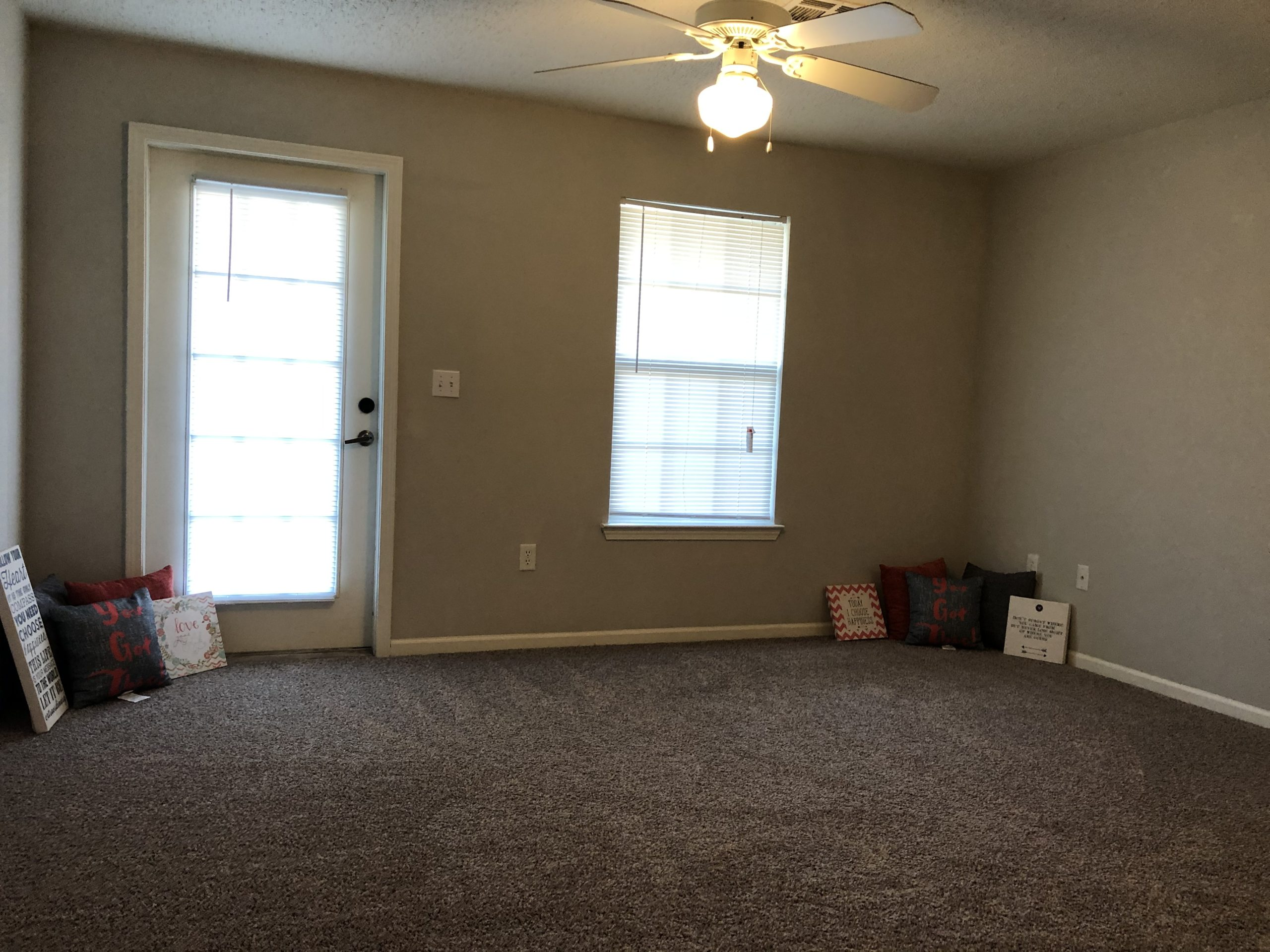 Timber Ridge Gardens Cushing Oklahoma living room
