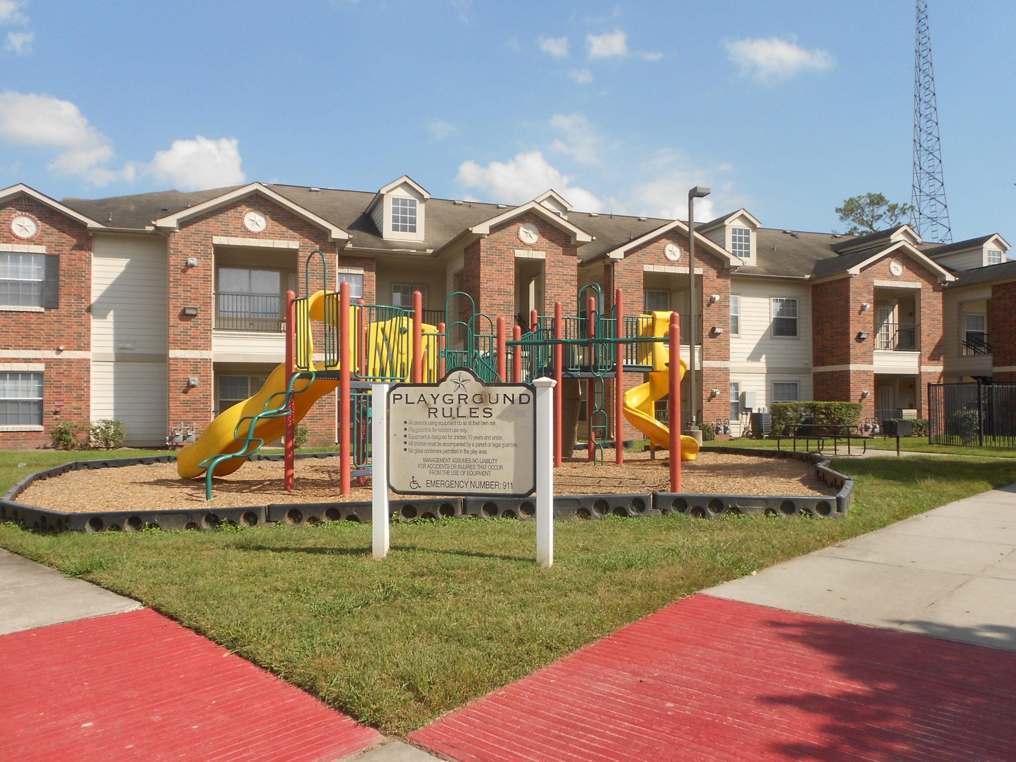Atascocita Pines playground