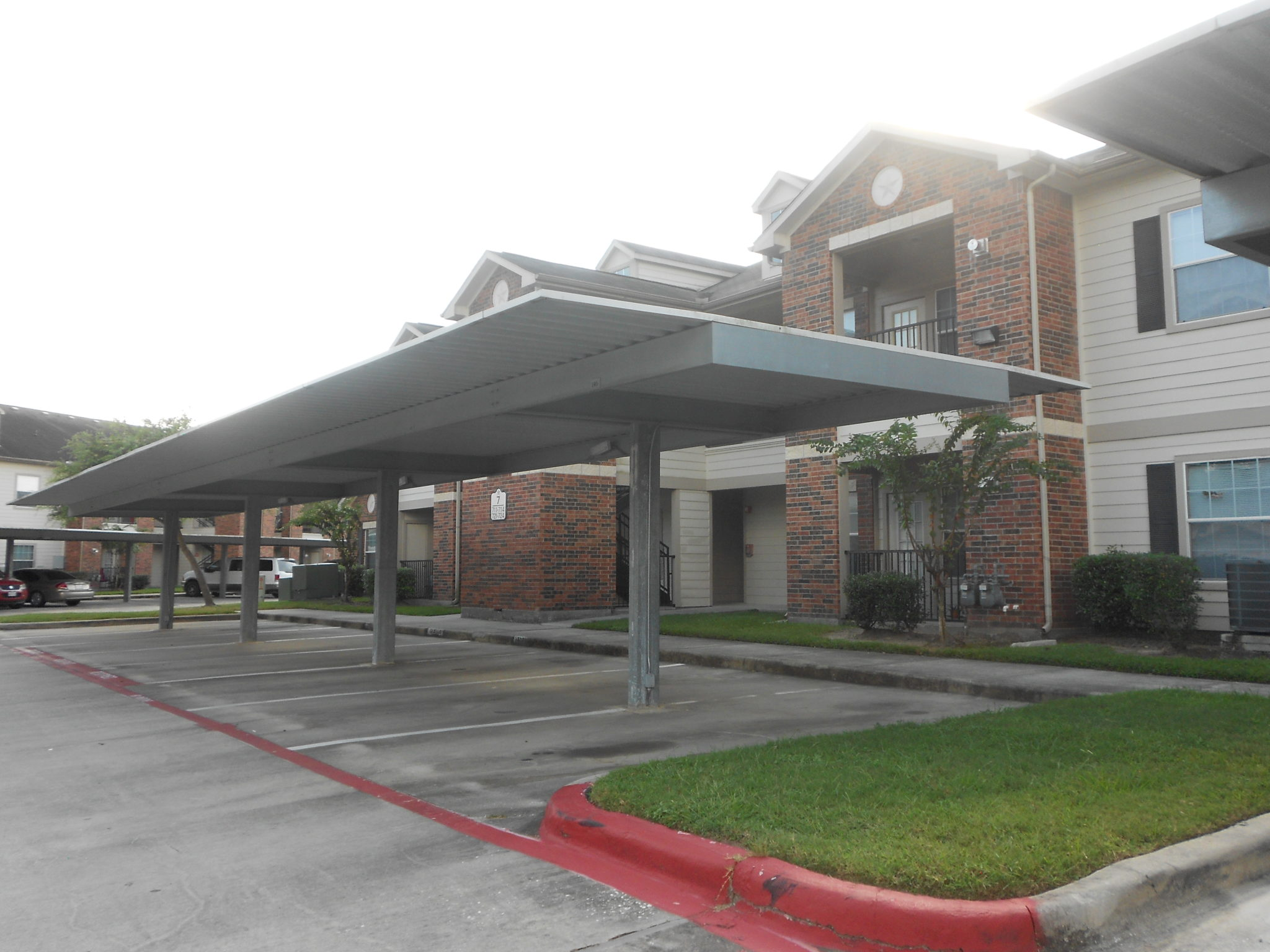 Atascocita Pinesw parking carport building
