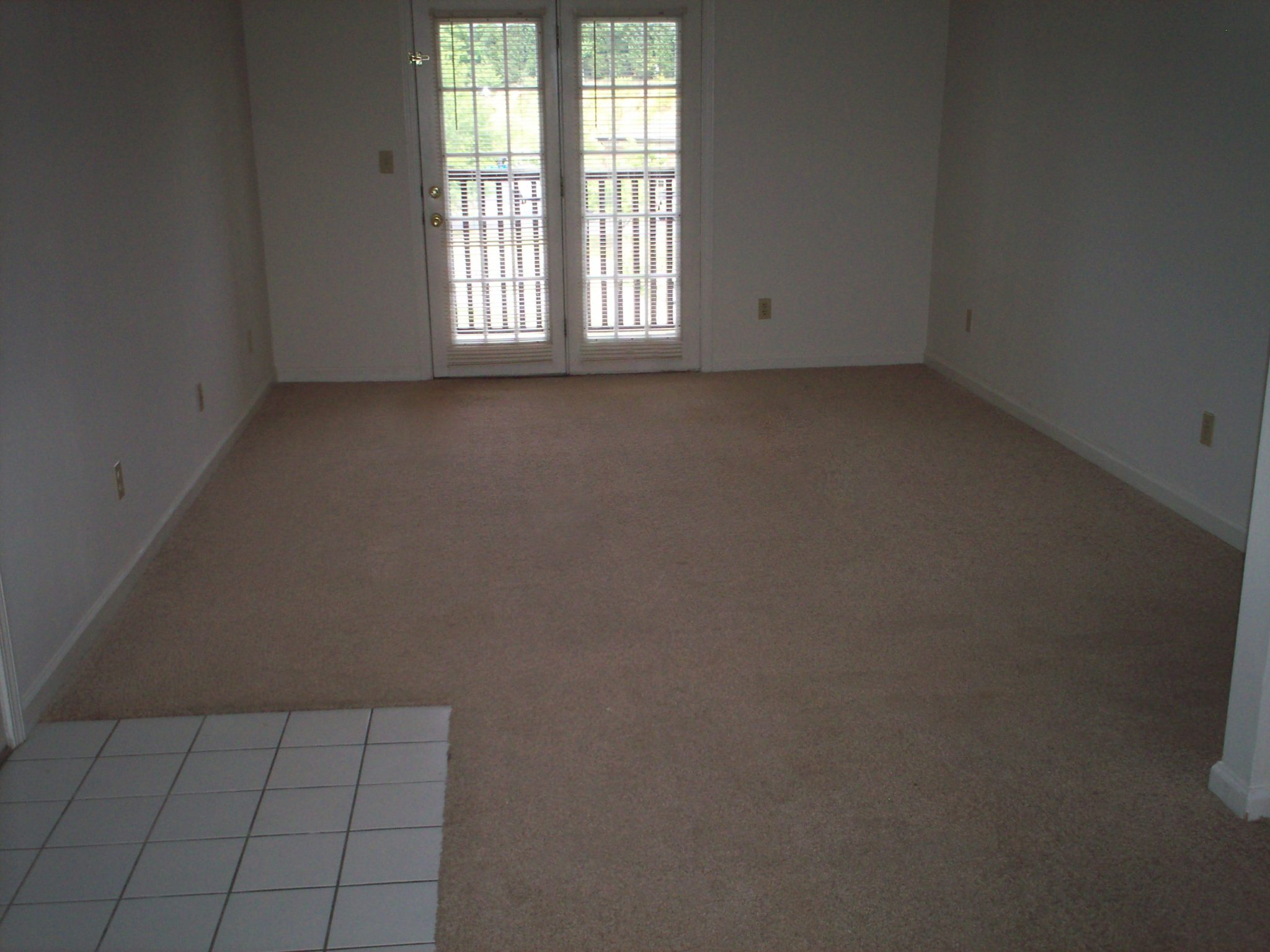 One Wilcox Place Kingsport TN living room