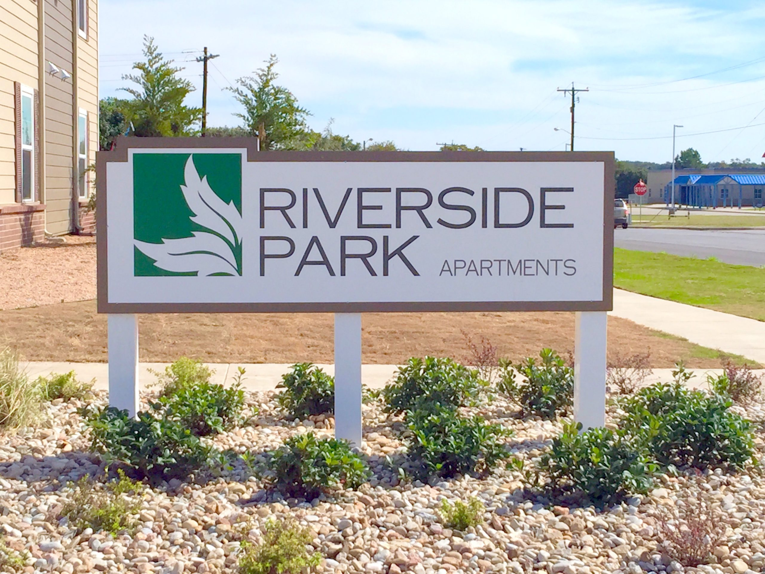 Riverside Park Early Texas Sign