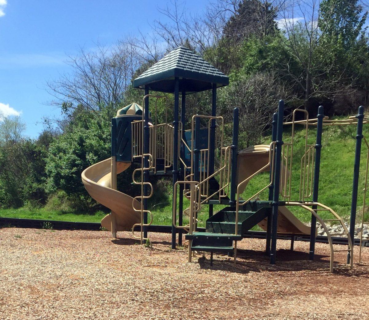 Teller Village Oak Ridge TN playground