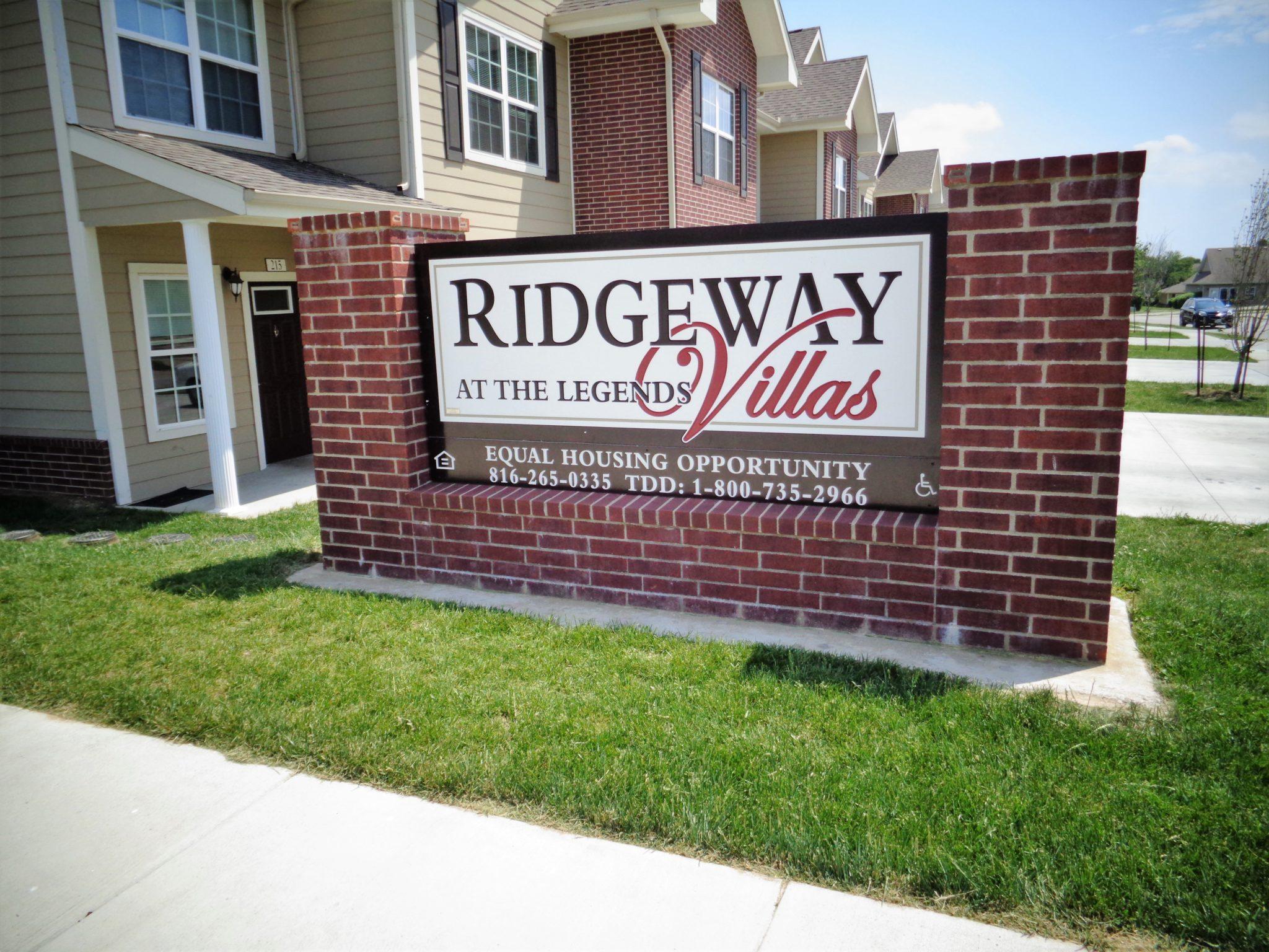 Ridgeway Villas Raymore MO sign