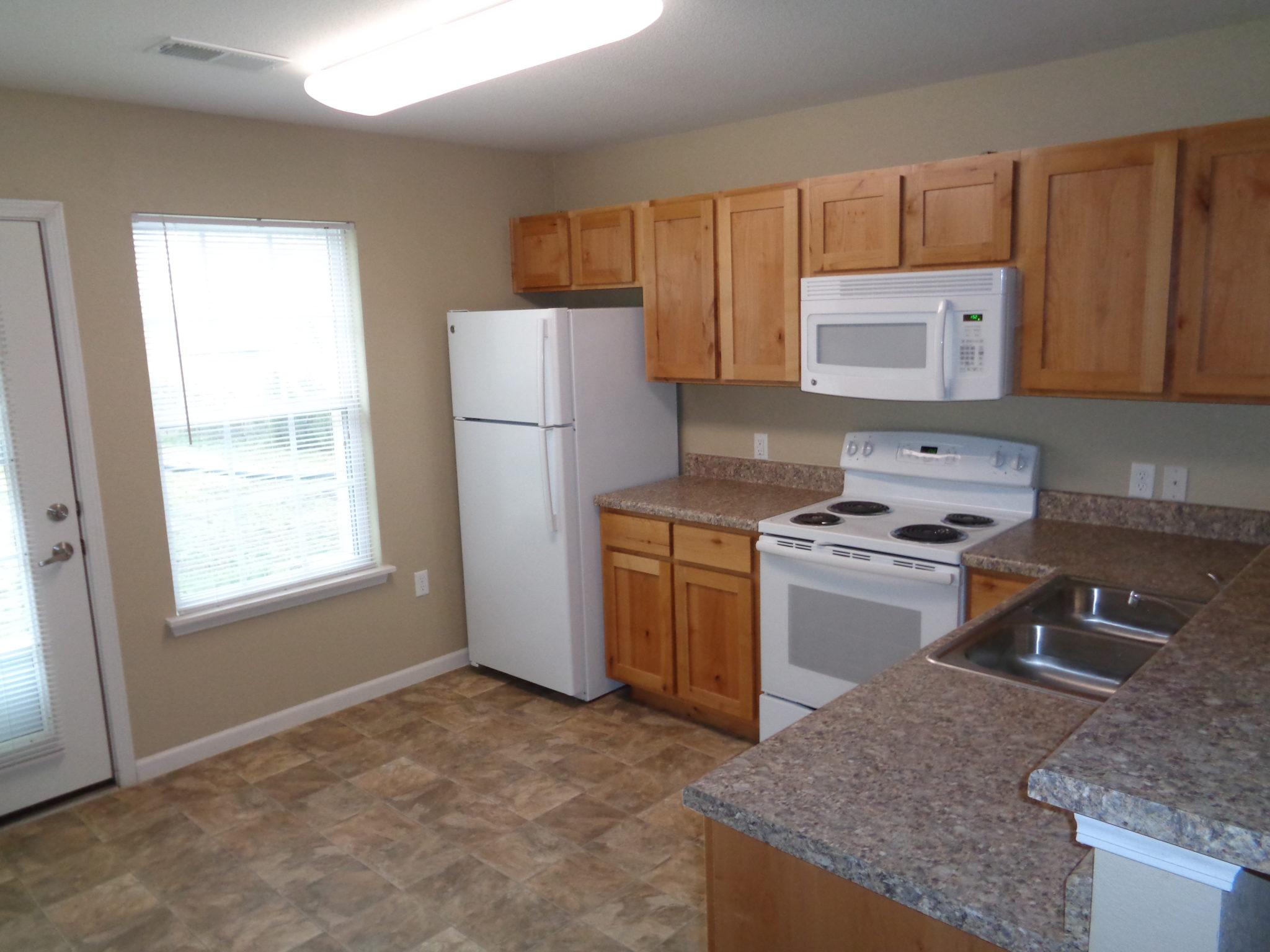 Ridgway Villas Raymore MO kitchen 2