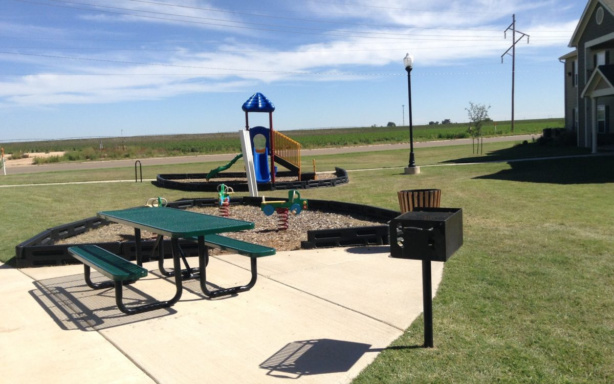 Rose Meadows Apartments Levelland Texas bbq picnic playground