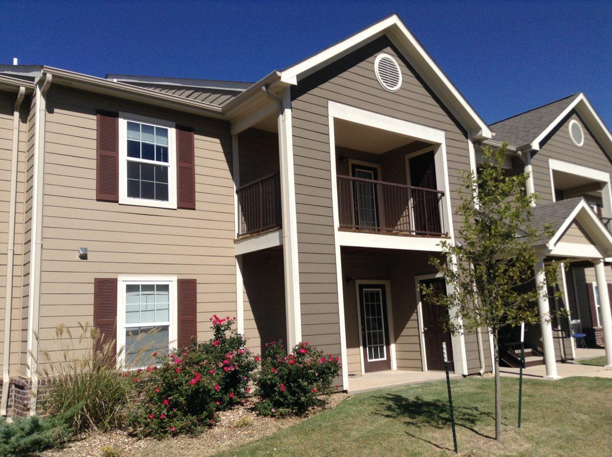 Rose Meadows Apartments Levelland Texas building