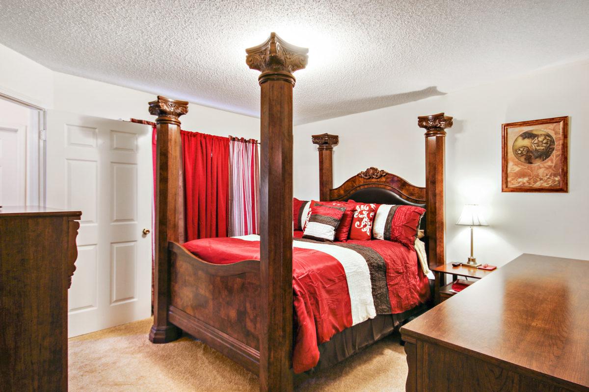 IVP-Master bedroom