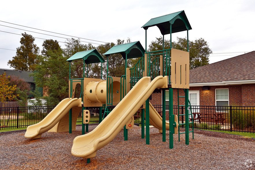 fairway-breeze-el-reno-ok-playground