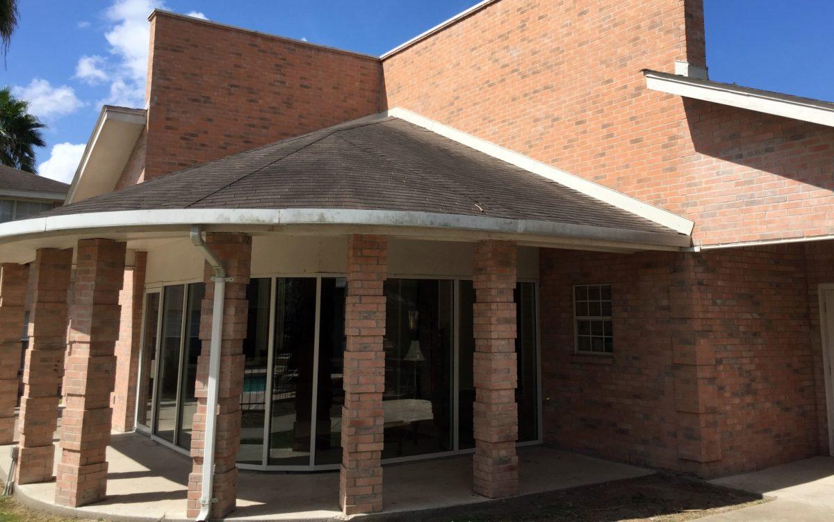 Cameron Village Apts Alice TX leasing office