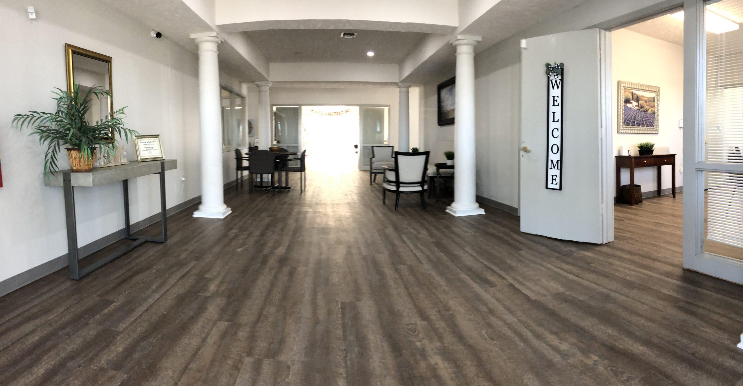 Tregaron Senior Residence Bellevue Nebraka lobby view