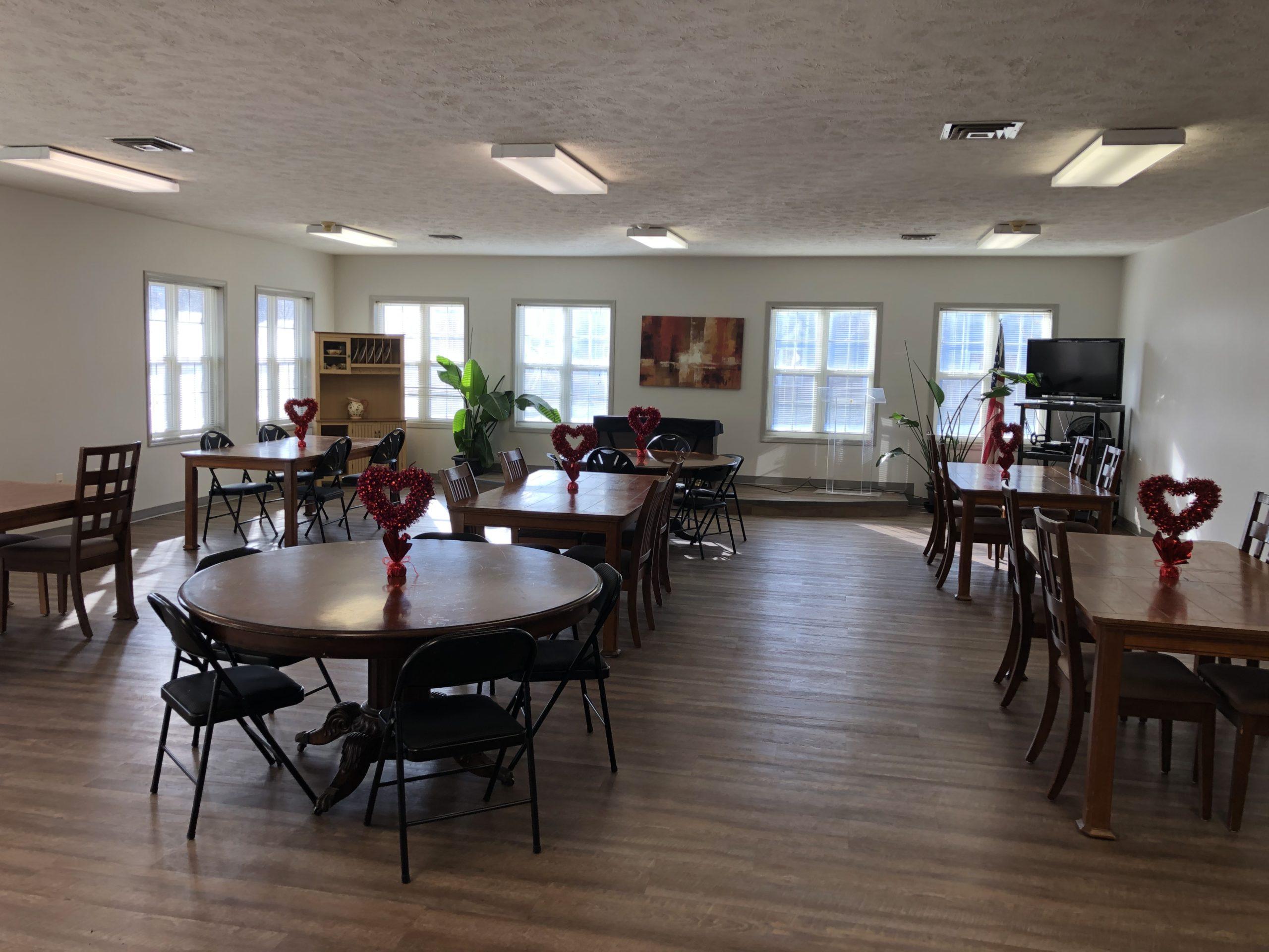 Tregaron Senior Residence Bellevue Nebraska community room