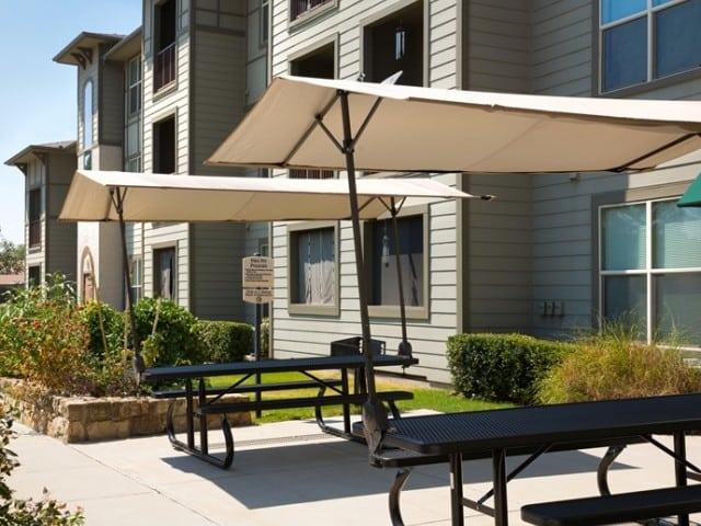 Carpenter's Pointe Dallas Texas covered patio picnic area