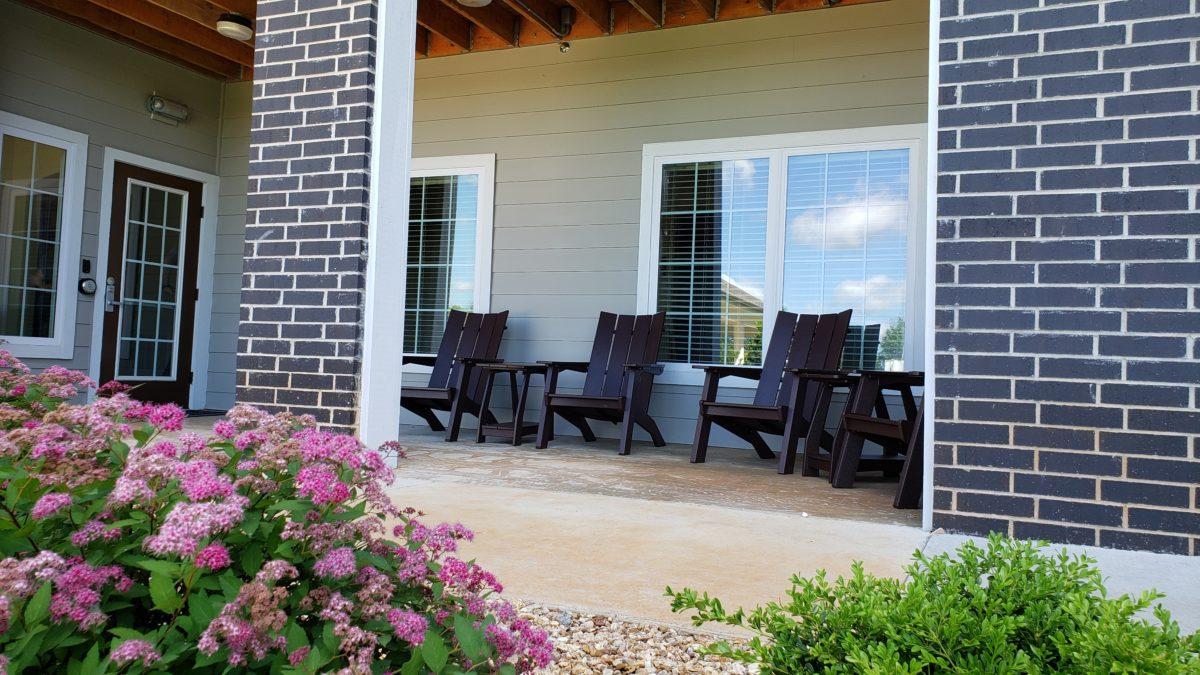 Villas at Lark Pointe community patio