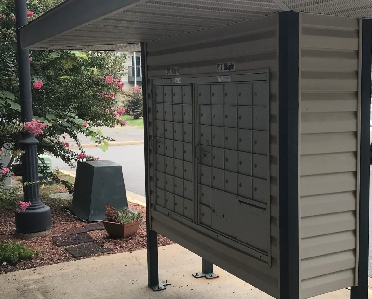 Argenta Square covered mail