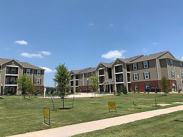 Cascade Villas Wichita Falls TX exterior buildings