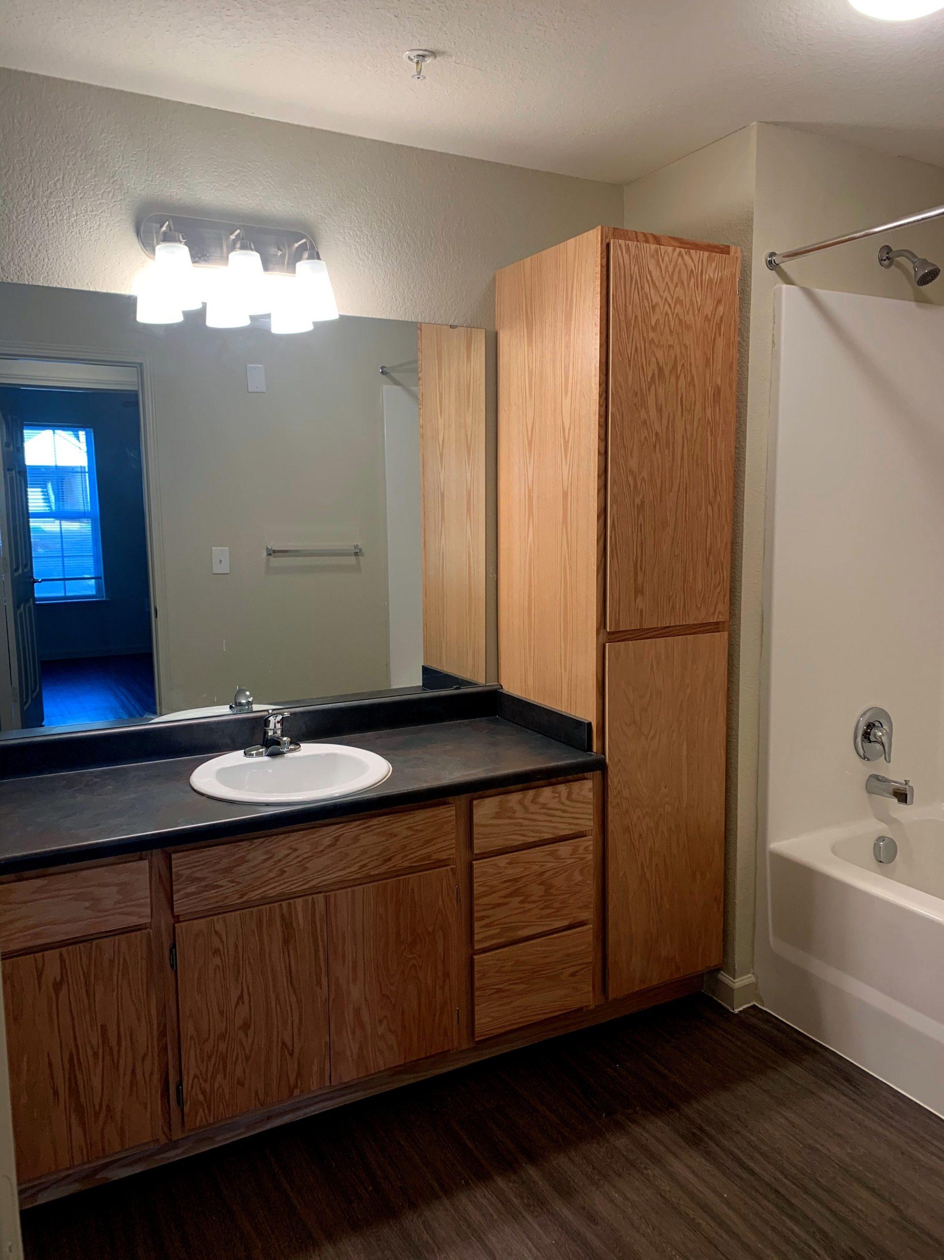 Tupelo Ridge WArner Robbins GA Bathroom 4 Bedroom