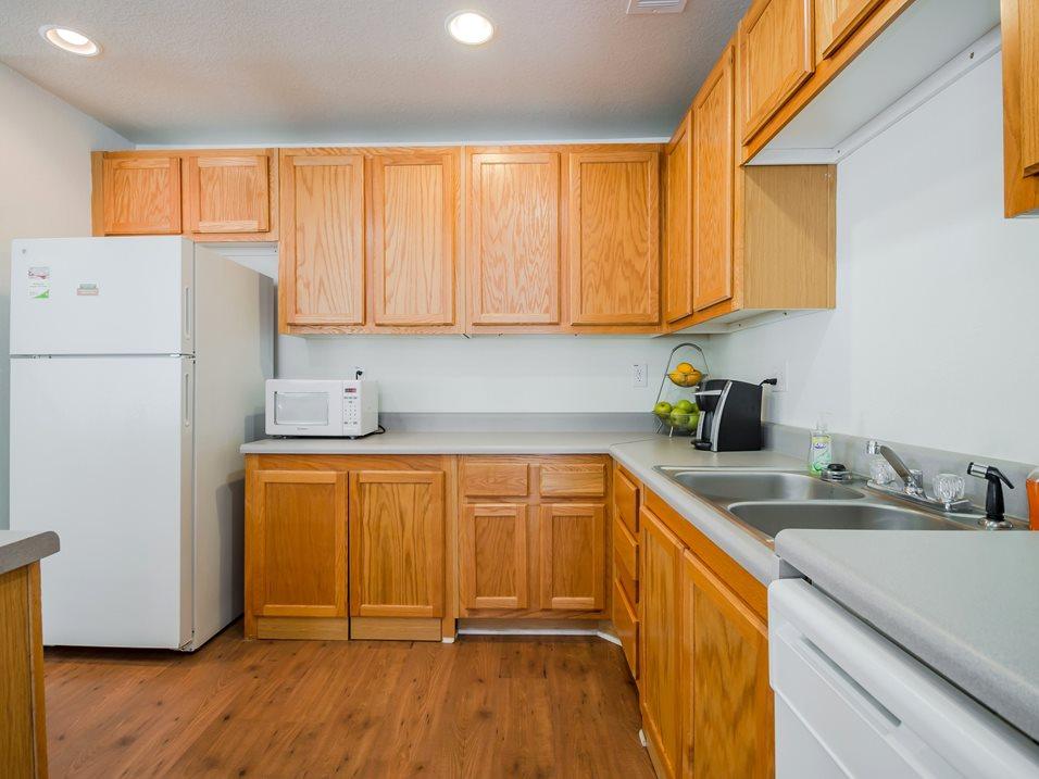 16 - Community Kitchen