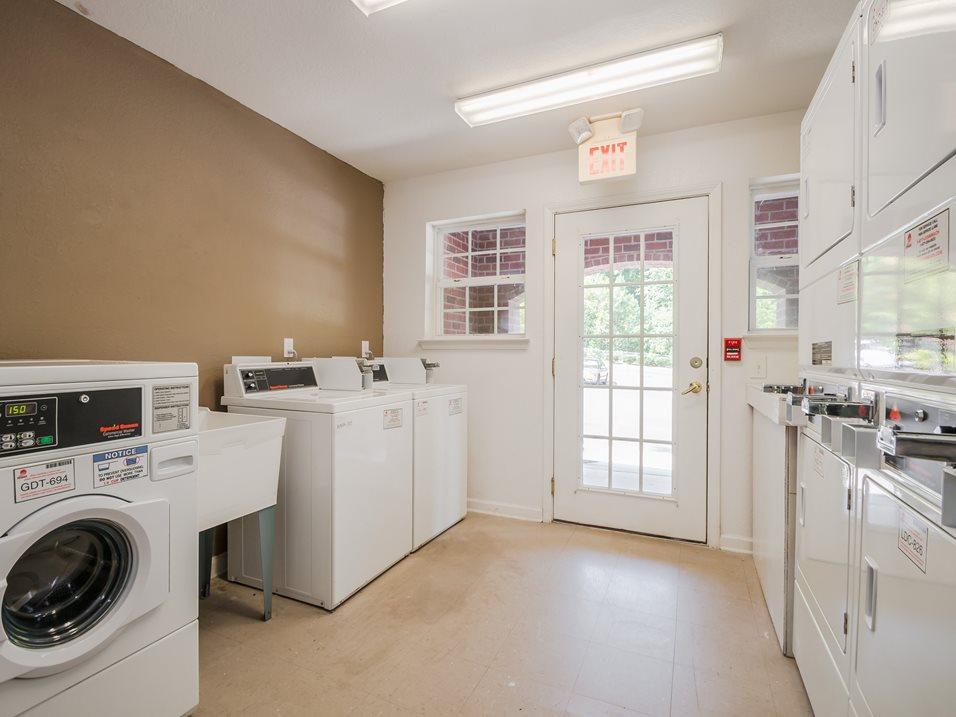 18 - Laundry Room