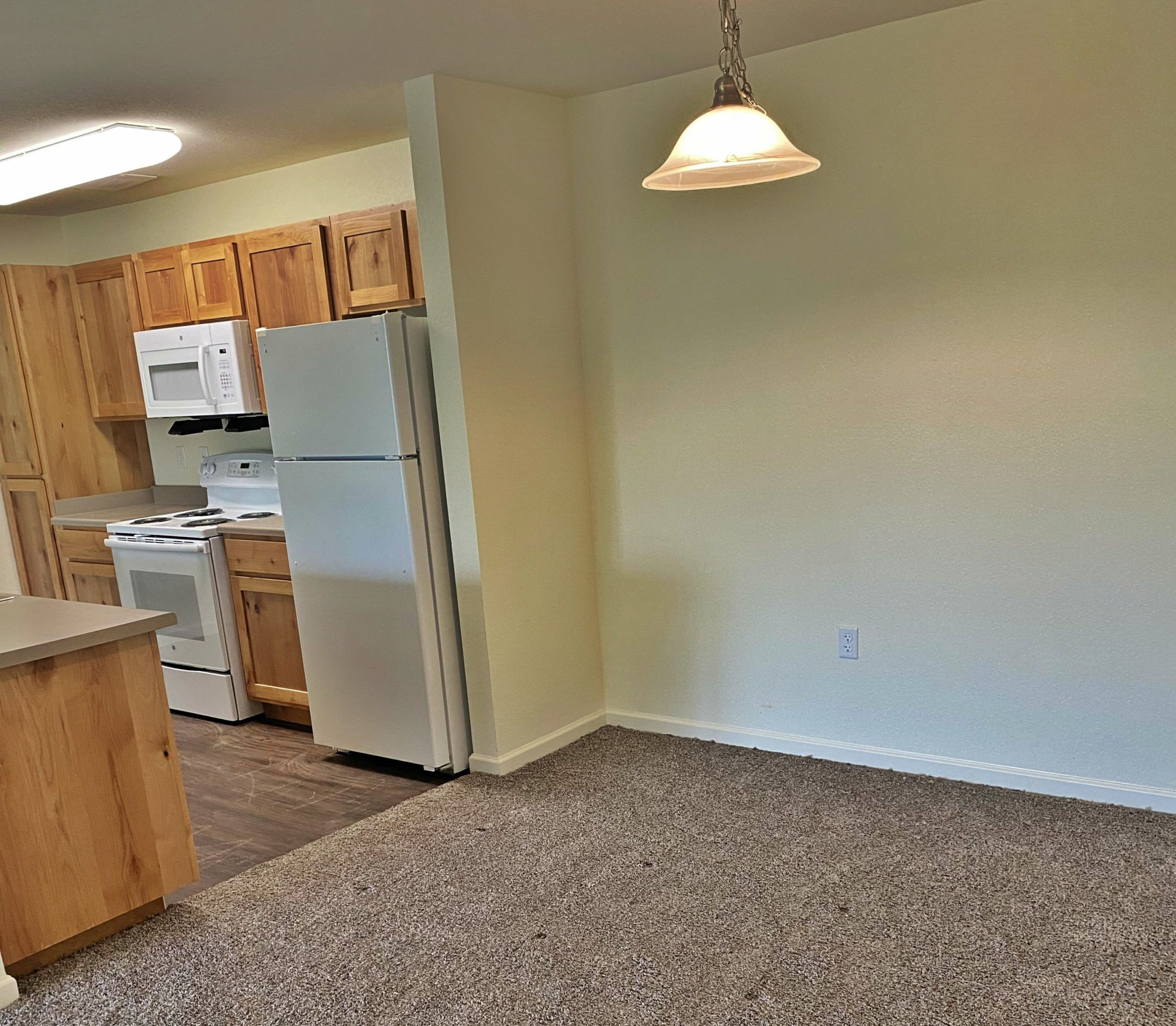Rutherford Park Apartments Murfreesboro TN kitchen and dining room