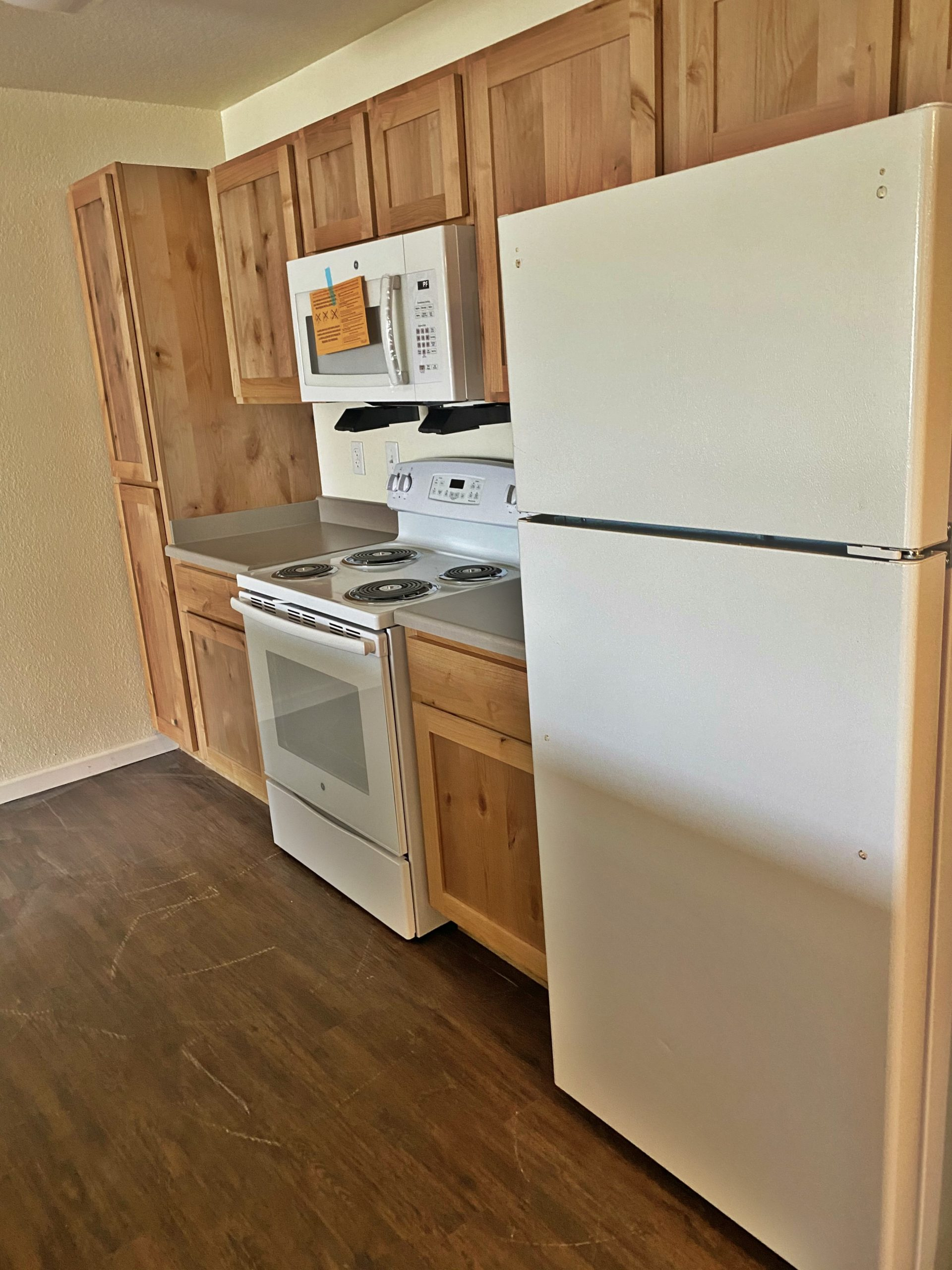 Rutherford Park Apartments Murfreesboro TN kitchen right view